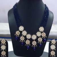 Blue Oynex Beads With Silver Multi Flower Style Pendant Necklace And Earrings Set