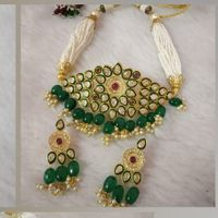 Green Multichain White Diamond Stone Style Necklace And Earrings Set