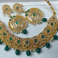 Golden Style With Green Stone Beads And Diamond Style Necklace And Earrings Set